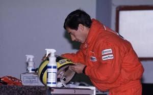 Senna vinse tre Mondiali di F1 nel 1988, 1990 e 1991, tutti con la McLaren. Lapresse