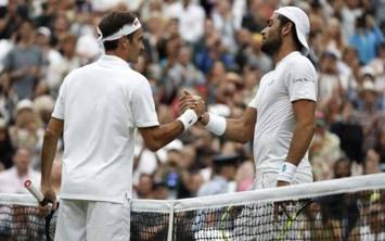 Roger Federer e Berrettini nel 2019